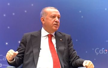 "Ərdoğandan Orxan Pamuka<span style=""color: red""> terrorist </span>ittihamı"