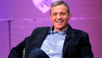 Disneyin 15 illik baş direktoru istefa verdi