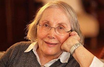 Türkiyəli yazıçı vəfat etdi