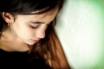 Atasına nifrət edən qız