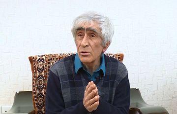 """Vaqif Bayatlı Gürcüstanın ədəbiyyat portalında - <span style=""""color: red"""">Foto</span>"""