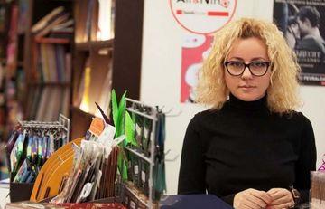 "<span style=""color: red"">Nigar Köçərlinin yersiz hikkəsi</span>  – Sevda Sultanova kitab oğurluğundan yazdı"