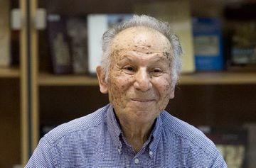 """Çingiz Hüseynovun ən çox sevdiyi 10 roman - <span style=""""color: red"""">Siyahı</span>"""
